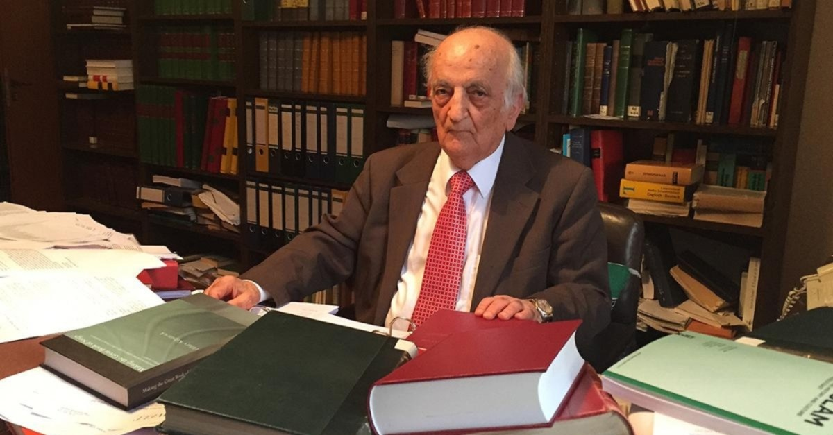 Fuat Sezgin founded the Institute for the Arabic-Islamic Sciences, affiliated with Goethe University in Frankfurt in 1982.