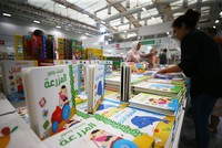 Over 6,000 people turn out for opening day of Istanbul's Arabic book fair