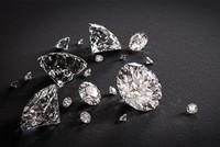 بلغت صادرات تركيا من المجوهرات العام الماضي 3.3 مليارات دولار بزيادة قدرها 60% في الأعوام الخمسة الأخيرة.  ووفق معطيات مجلس المصدرين الأتراك، فإن حجم صادرات المجوهرات كان ملياري دولار في 2012،...