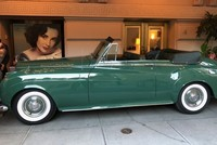 Elizabeth Taylor's Rolls Royce fetches over $500K at auction