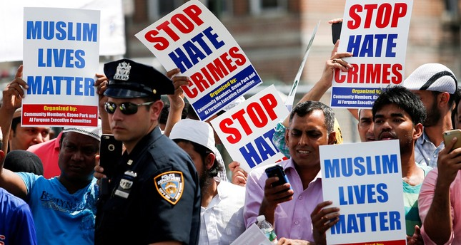 Community members take part in a protest to demand stop hate crime during the funeral service of Imam Maulama Akonjee in of New York City, August 15, 2016. (REUTERS Photo)
