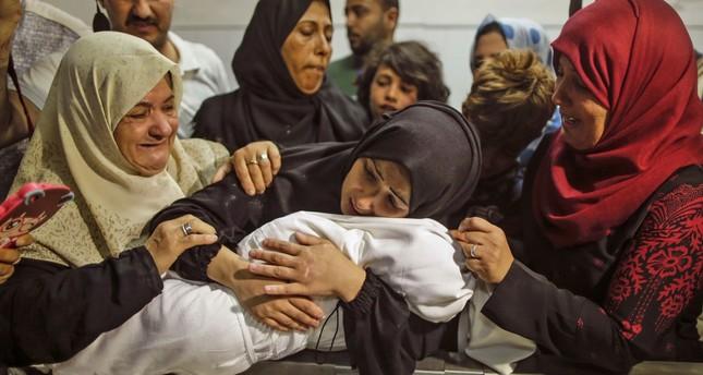 وفاة فلسطينيَين متأثرين بإصابتهما في مجزرة غزة