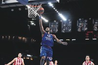 Turkish Airlines EuroLeague Round 12 action comes to an end today with Anadolu Efes hosting Spanish rival Baskonia in Istanbul. In-form Baskonia (6-5) will seek its third consecutive away win as it...