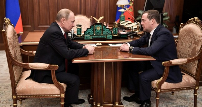 Russian gov't resigns following Putin proposal to boost power of parliament, Cabinet