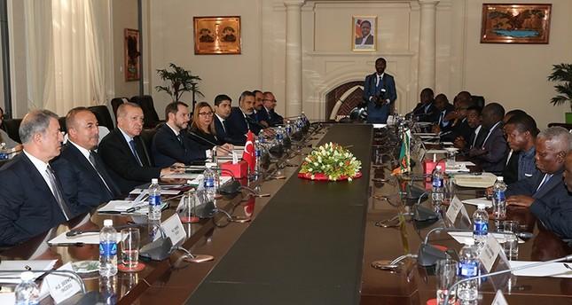 توقيع 12 اتفاقية بين تركيا وزامبيا بمجالات الزراعة والسياحة والتعليم والأمن
