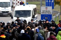 Bosnia races to launch shelters for EU-bound migrants before harsh Balkan winter