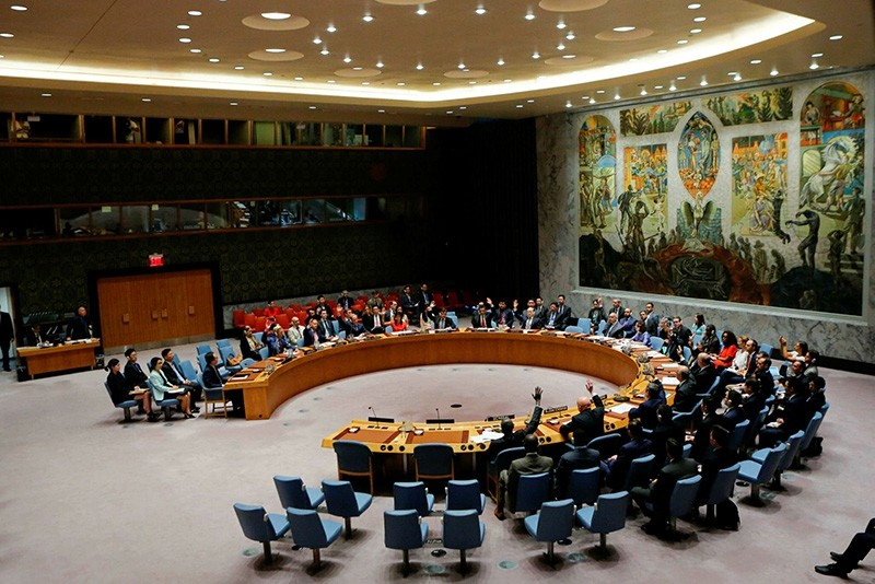 U.N. Security Council members vote on a U.S.-drafted resolution toughening sanctions on North Korea, at the United Nations headquarters in New York on Aug. 5, 2017. (AFP Photo)