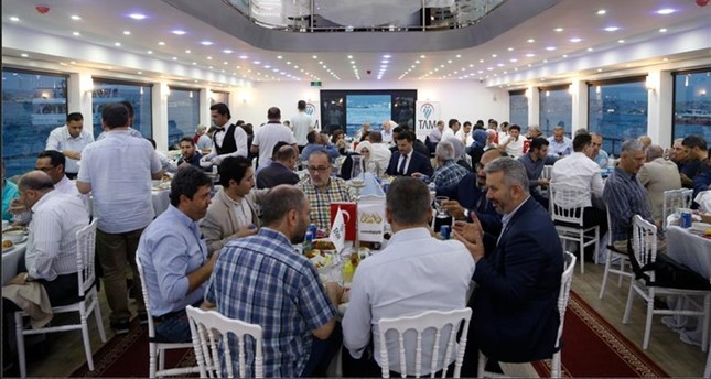 على ضفاف البوسفور.. إفطار بنكهة سياحية لصحفيين عرب وأتراك