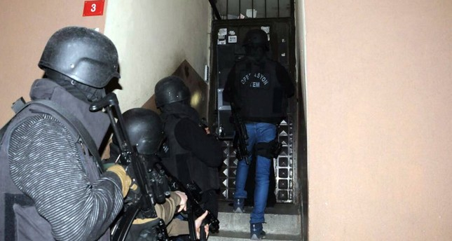 Counter terrorism police raid a house in an operation against Daesh in Istanbul in this undated photo.