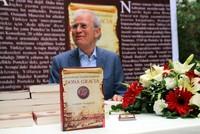 Aaron Nommaz, Portugals Ehrenkonsul in Istanbul, hat die Güte und Hilfsbereitschaft des Osmanischen Reiches vor 500 Jahren nicht vergessen. Daher hat er sich dazu entschieden, das Ereignis in...
