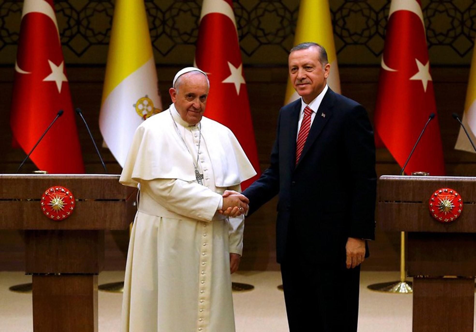 President Recep Tayyip Erdou011fan and Pope Francis in Ankara, Nov. 28, 2014.
