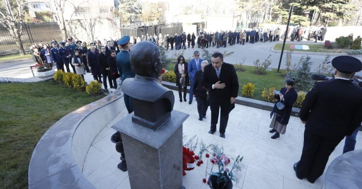 People leave flowers at a monument dedicated to Andrei  Karlov at the Russian Embassy, Ankara, Dec. 19, 2019. (?HA Photo)