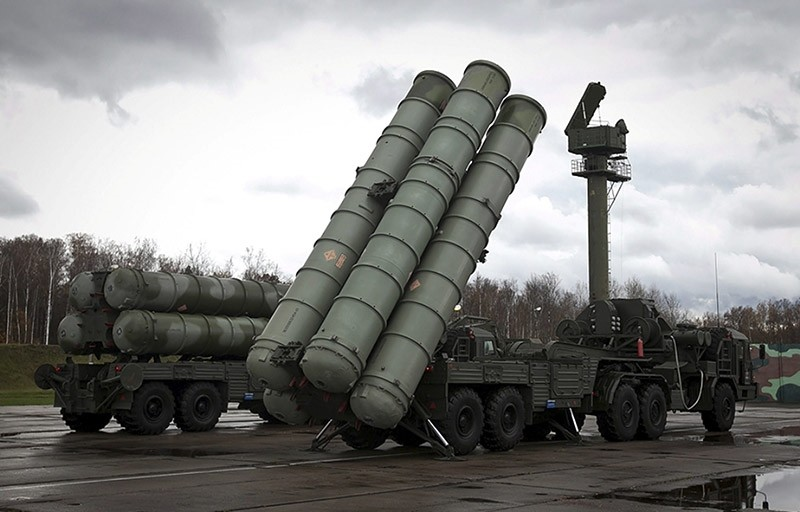 Russian S-300 anti-aircraft missiles. (Sabah File Photo)
