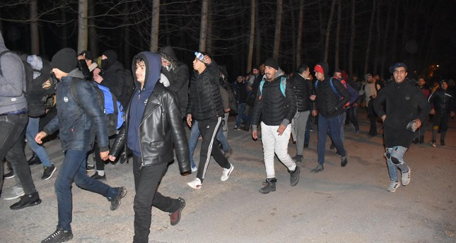 مهاجرون يتدفقون إلى أدرنة وسواحل بحر إيجه قاصدين العبور إلى أوروبا