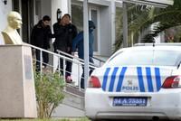كارلوس غصن.. التحقيق مع مضيفي طيران سهلوا هروبه في مطار أتاتورك