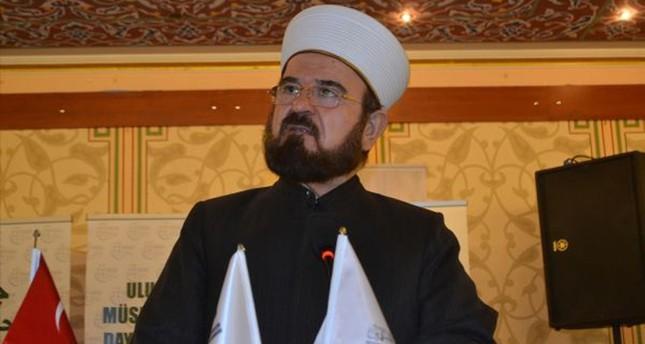 القرة داغي يقترح إعلان إسطنبول عاصمة للاقتصاد الإسلامي 