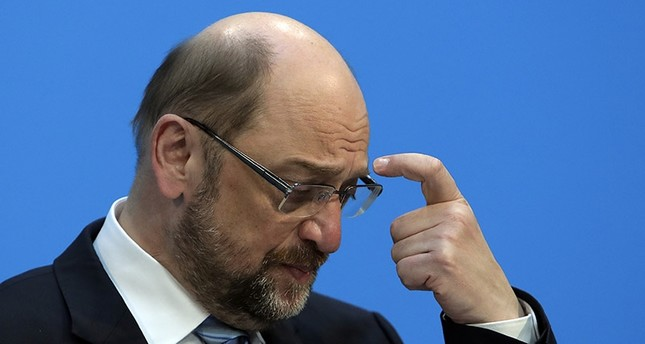 In this Wednesday, Feb. 7, 2018 photo Martin Schulz, chairman of the Social Democratic Party, SPD, scratches his head during a press statement in Berlin. (AP Photo)