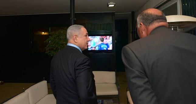 وزير الخارجية المصري تابع نهائي يورو 2016 بصحبة نتنياهو في القدس