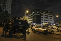 A Daesh member clashing with police in the capital Ankara was killed late Tuesday, authorities said. The suspect, identified as Turkish national Ahmet B., was planning to carry out a suicide...