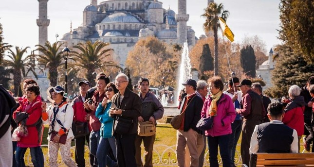 Tourists in front of the Blue Mosque in Sultanahmet, Istanbul, Nov. 25, 2017. (iStock Photo)