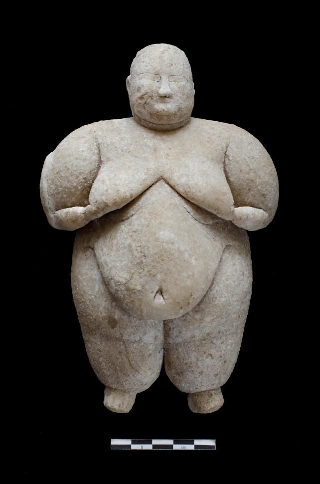 figurilla neolítica, más de 7.000 años de antigüedad, descubierto en Çatalhöyük de Turquía