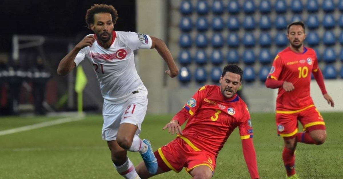 Turkey's Naz?m Sangare fights for the ball with Andorra's Marc Vales during the Euro 2020 qualifier match, Nov. 17, 2019. (AFP)
