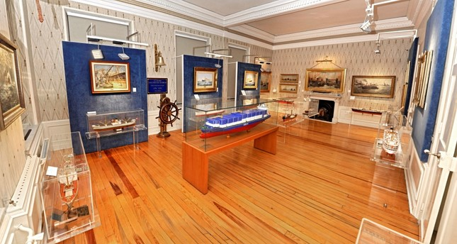 The Arkas Maritime History Center hosts a wide collection of paintings and ship antiques.