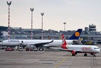 Lufthansa to take over large chunks of bankrupt Air Berlin, invest $1.8 billion