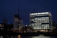 The new U.S. Embassy in London, criticized last week by President Donald Trump as too expensive and poorly located, opened its doors to the public Tuesday for the first time.  The gleaming...