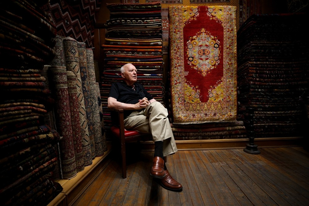 89-year-old u015eemsettin u015eengu00f6r has spent most of his life in the carpet shop he began working in at the age of 6.