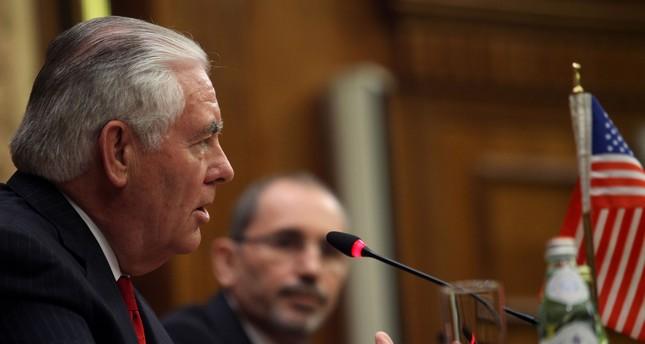 تيلرسون يطالب إيران بسحب مليشياتها من سوريا
