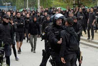 Far right, anti-fascists hold separate protests in Germany's Chemnitz