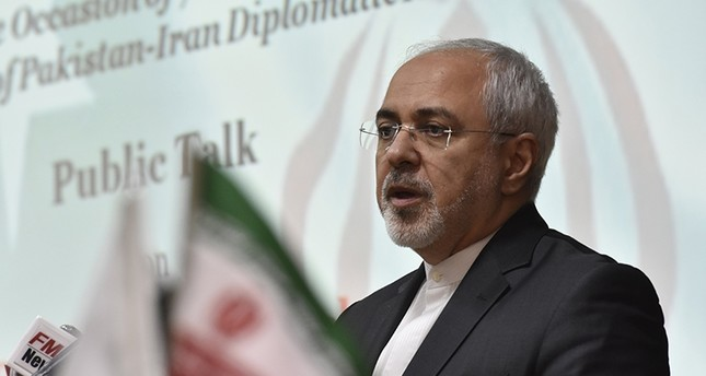 وزير الخارجية الإيراني في باكستان (EPA)