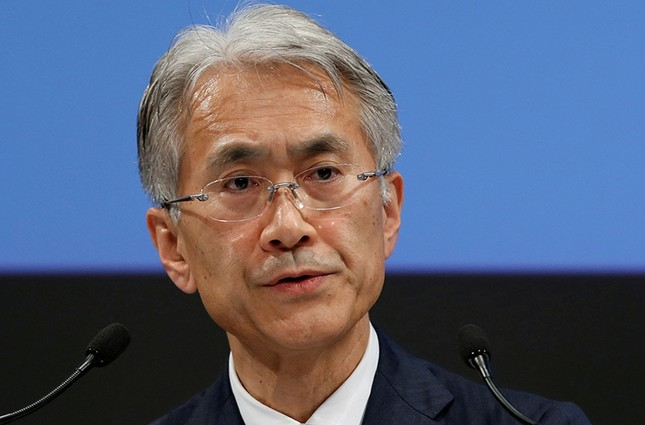 Sony Corp's Chief Financial Officer Kenichiro Yoshida attends a news conference at its headquarters in Tokyo, Japan. (Reuters Photo)