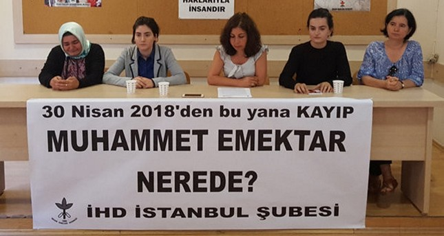 File photo shows the Ankara-based Human Rights Association holding a press conference claiming Emektar, the murderer of Kocaman, has been missing since April last year.