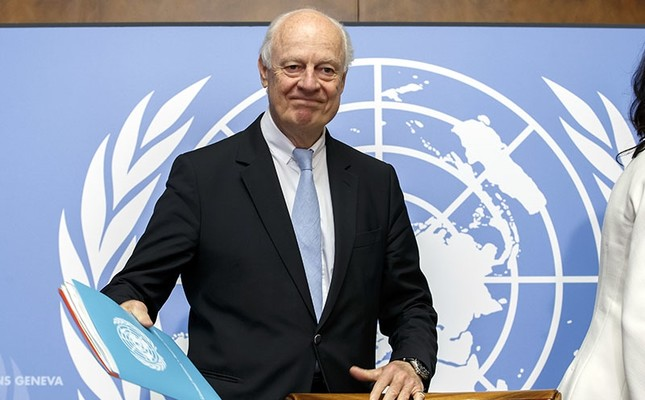 UN Special Envoy for Syria Staffan de Mistura arrives for a news conference one day before the resumption of the negotiations between the Syrian regime and the opposition, at the European HQ of the UN in Geneva, Switzerland, May 15, 2017. (AP Photo)