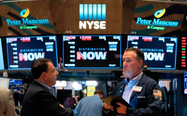 Traders on the floor of the New York Stock Exchange May 31,2019 in New York. (AFP Photo)