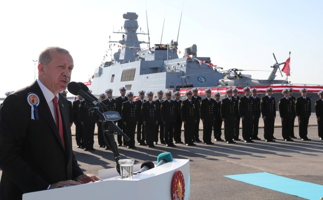 President Recep Tayyip Erdoğan speaks at a ceremony for the handover of the TCG Burgazada corvette (in the background) to the Turkish Navy at the Istanbul Shipyard Command, on Nov. 4, 2018. (Presidential Photo Service)