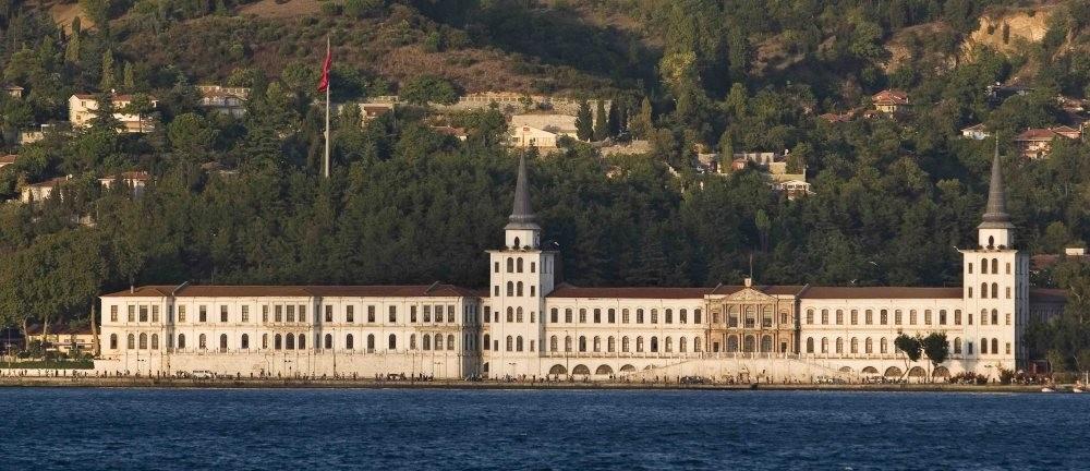 The defunct Kuleli Military High School on the Bosporus.