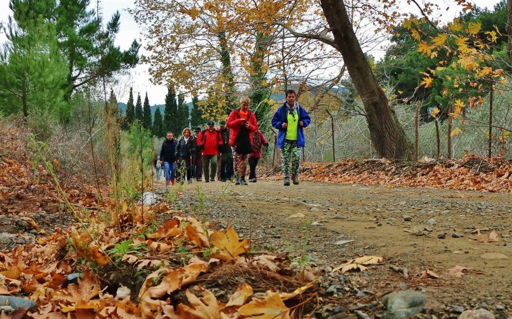 Every weekend, Edremitu2019s villages host local and international tourists for nature walk and photography shooting.
