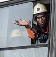 جنوب إفريقيا.. إنقاذ 1000 عامل مناجم بعد أن أمضوا 30 ساعة تحت الأرض