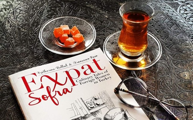 Expat Sofra: Culinary Tales of Foreign Women in Turkey is published both in English and Turkish.