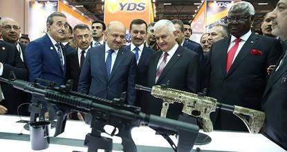 قال وزير الدفاع التركي فكري إشيق إن الإيرادات السنوية من مبيعات قطاع الصناعات الدفاعية التركية اقتربت في العام الماضي (2016) من عتبة الـ6 مليارات دولار أمريكي، فيما بلغت قيمة الصادرات مليارا و700...