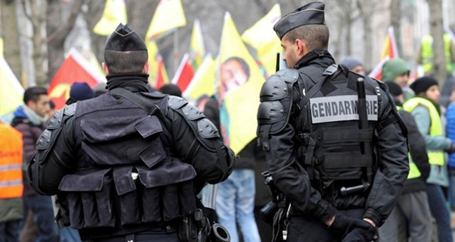 French gendarmes stand guard during a demonstration in support of jailed PKK leader Abdullah Öcalan in Strasbourg, France, February 11, 2017. (REUTERS Photo)