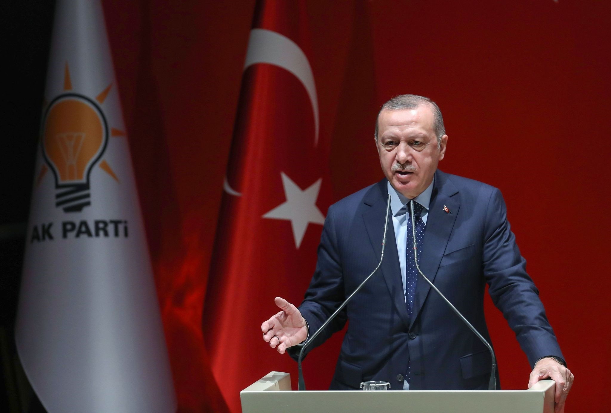 President Recep Tayyip Erdou011fan addresses AK Party provincial heads at the party headquarters in Ankara, Jan. 11.