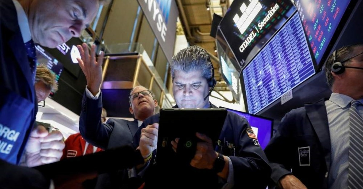 Traders work on the floor at the New York Stock Exchange (NYSE), New York, U.S., Nov. 6, 2019. (Reuters Photo)