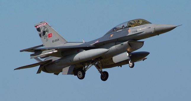 سلاح الجو التركي يدمر مواقع لـبي كا كا شمالي العراق