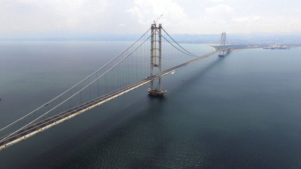 The world's fourth largest suspension bridge, Osman Gazi, reduces travel time between Istanbul and u0130zmir to three-and-a-half hours from nine hours.