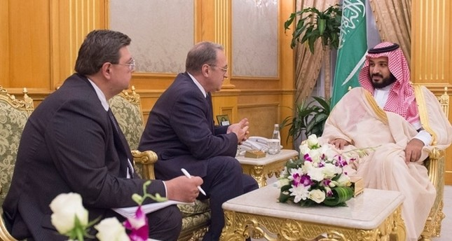 ولي ولي العهد السعودي يبحث مع بوغدانوف قضايا المنطقة