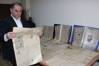 Turkish man collects rare Ottoman-era newspapers in unique collection